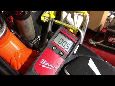 Charge Li-ion batteries with regular Charge controller made for Lead Acid batteries from YouTube · Duration:  10 minutes 28 seconds
