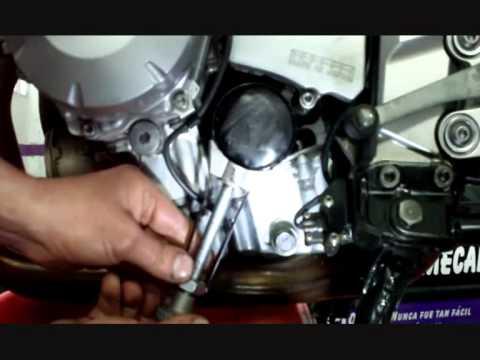 Cambio Aceite Y Filtro De Moto Youtube