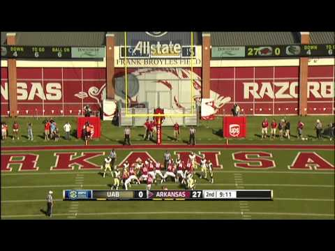 Lineman throws touchdown pass (UAB vs Arkansas)