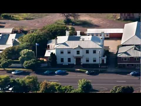 Need Accommodation in Portland ? Annesley House Accommodation Welcomes You