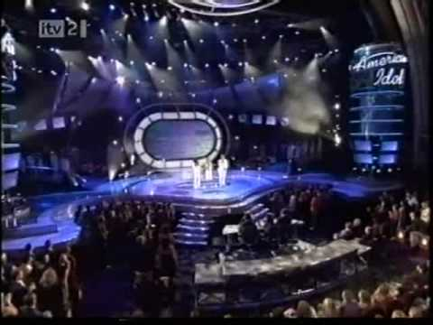 AMERICAN IDOL SEASON 5 FINAL - CARRIE UNDERWOOD & TOP 12 - I MADE IT THROUGH THE RAIN (HQ)