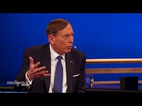 Keynote Conversation with General David Petraeus and Max Boot