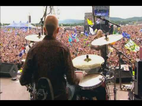 James - Sit Down (Live) (T in The Park 2007)