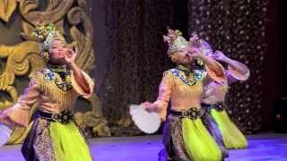Tarian Joget Gamelan @ Panggung Seni Tradisional 2013 (8)