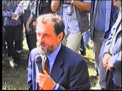 Dolazak Predsedničkog Kandidata Vuka Draškovića U Ljuboviju  -  23.9.2002 God.