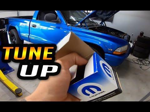 Dodge Dakota V8 Tune Up - Spark Plugs - Wires - Distributor - Ep 6