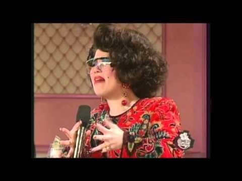 Shaunda Entertains in a Vegas Casino Ladies' Room (Alex Borstein- Mad TV)