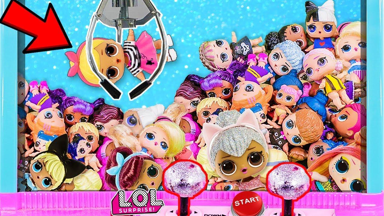 ВЫТАЩИЛА КУКЛУ ЛОЛ ХВАТАЙКА. Мультики куклы лол и Барби ...