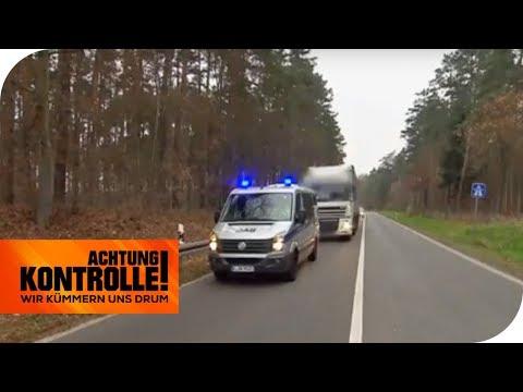 Verfolgungsjagd mit Blaulicht! Bulgarischer Truck haut ab! | Achtung Kontrolle | kabel eins