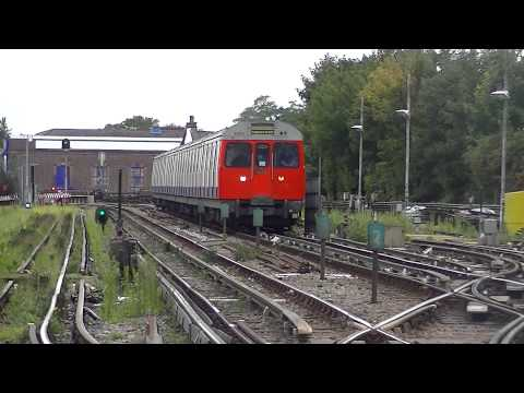 London Underground C Stock 5593 and 5701 arriving at Parsons Green