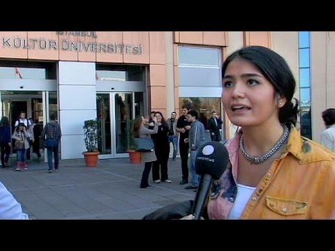 Los universitarios turcos en contra de la separación de sexos en los pisos