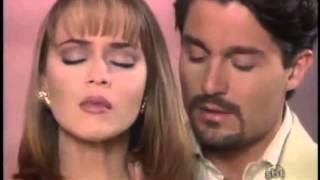 (A Usurpadora) Paulina aceita se casar com Carlos Daniel.