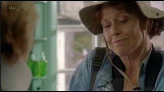Sigourney Weaver makes a cameo appearance on Doc Martin.