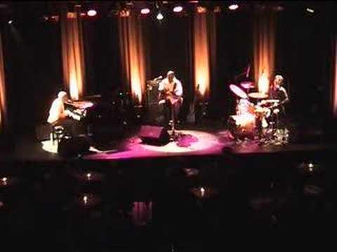 RAY LEMA TRIO LIVE - NALELELA - www.raylema.com