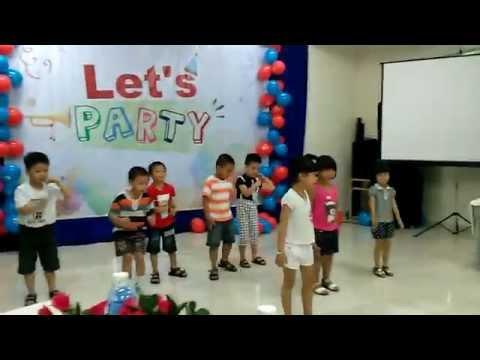 Tiết mục nhảy Aerobic: Con cào cào - Lớp 1 - Trường Việt Mỹ VAschools