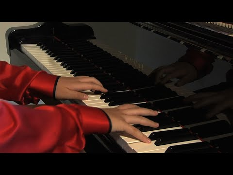 Jack C. Richards Introduces 14 Year Old Piano Prodigy Lixin Zhang.