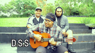 D.S.S - Ganja Farmer [ Jam-Edit ](Da Soul Sound covers J Boog's Ganja Farmer. Filmed in location at Casula Powerhouse. Directed/ Shot/ Edited by Mohamad Mustapha [ www., 2010-12-18T04:35:05.000Z)