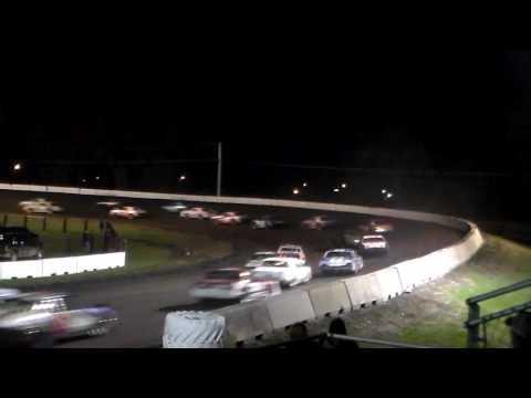 Hobby Stock Amain @ Fairmont Raceway 04/08/17