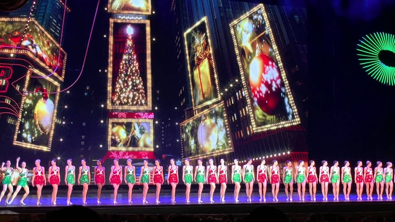 Rockettes in the Radio City Music Hall Christmas Spectacular in ...