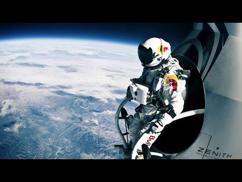 Смотреть Прыжок из стратосферы глазами парашютиста... онлайн