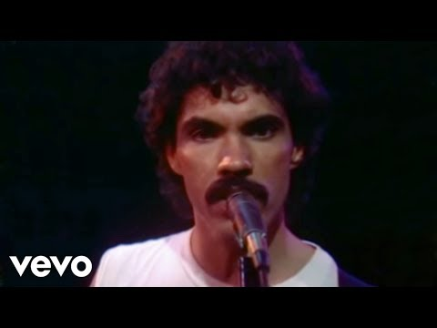 Daryl Hall & John Oates - You've Lost That Lovin' Feeling (Official Video)
