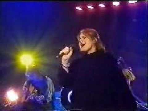 alison-moyet-there-are-worse-things-i-could-do-mrsbissy