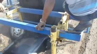 Грядообразователь с укладкой пленки и трубки(Предлагаем в аренду навесной пленкоукладчик гребнеобразователь (грядообразователь) на трактор: МТЗ, ЮМЗ..., 2013-10-06T17:29:08.000Z)