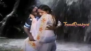 Sasikala bra and Panty Show In wet saree unseen