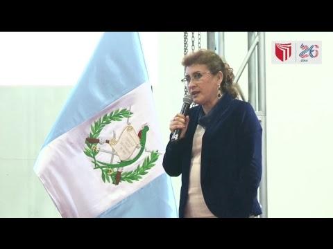 VIVO:  Rigoberta Menchú, Premio Nobel de la Paz 1992, en el Campus Lima Este .