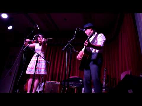 Carrie Rodriguez & Luke Jacobs - Margarete