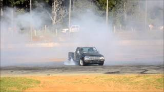 Glen Adams 6cl Hilux Kaikohe Burn Out Comp 3May14