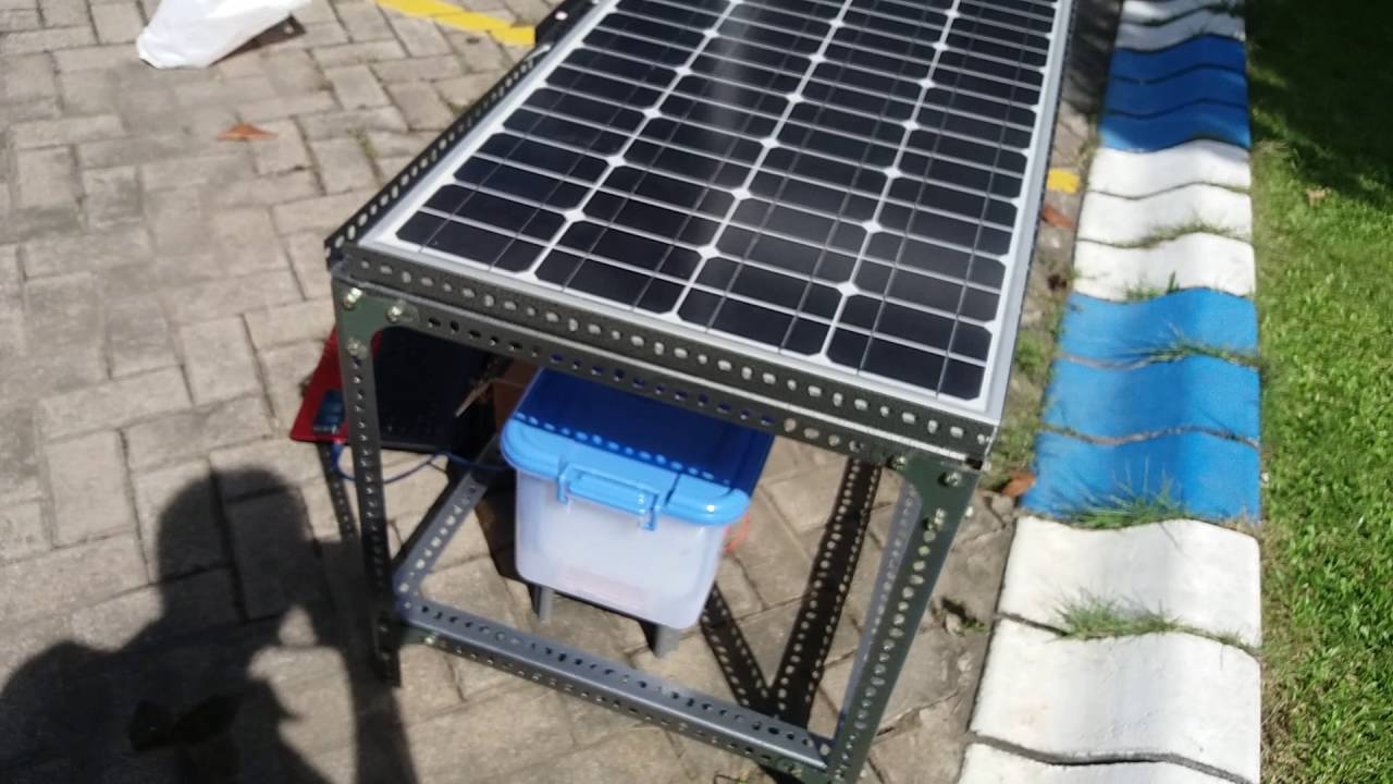 Solar Power Cooler Cool Box Using Thermoelectric Cooler To Keep The Fish Freshness
