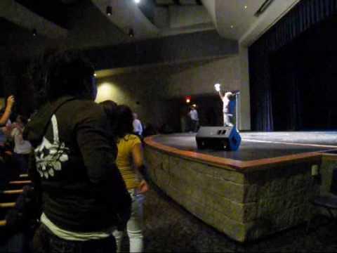 """Jaicko performs """"Oh Yeah"""" @ Rogers High School"""