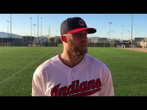 Cleveland Indians players send their dads special Father's Day messages (video)