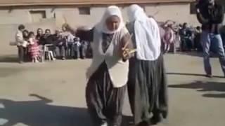 Teyzelerin ibretlik oyun havası dansı SÜPER