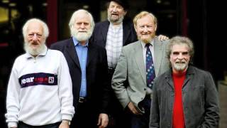 The Dubliners - The Pub With No Beer