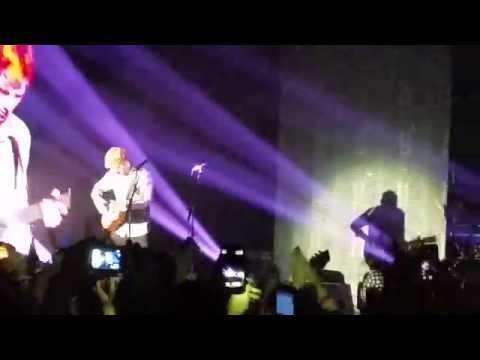 Ed Sheeran - Runaway/Rock your body/Baby one more time - LIVE @Alcatraz, Milano (20/11/2014)