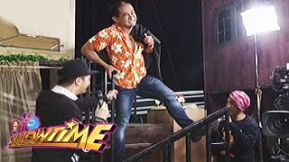 It 39 s Showtime Home Sweetie Home Set Mannequin Challenge