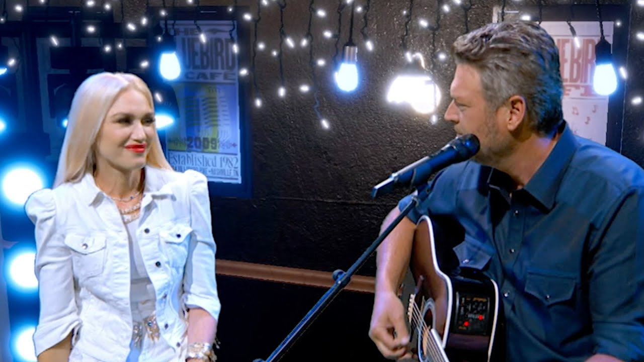 Blake Shelton and Gwen Stefani perform 'Happy Anywhere' at ACMs