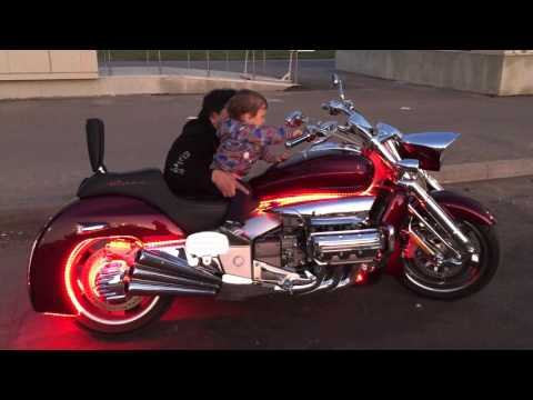 Honda Of Katy >> Honda Valkyrie Rune - YouTube