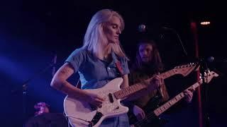 Liza Anne -  I Shouldn't Ghost My Therapist (Live)