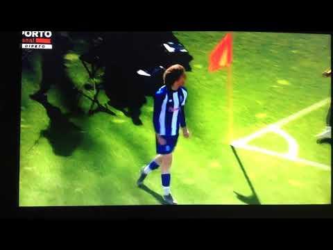 Goleada dos Juniores do Porto ao Sporting 5-1 e show do miudo de 16 anos Fabio Silva