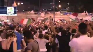 Esultanza SKY maxi schermo durante Italia - Germania 2-1