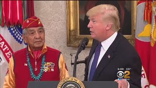 2017-11-28-02-30.Trump-Hits-Warren-With-Pocahontas-Jab-At-Event-For-Navajo-Code-Talkers
