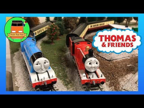 RARE EXPRESS COACHES! THOMAS AND FRIENDS BACHMANN TRAINS from 2005