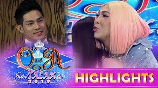 It's Showtime Miss Q & A: Vice says 'I Love You' to Kuya escort Ion