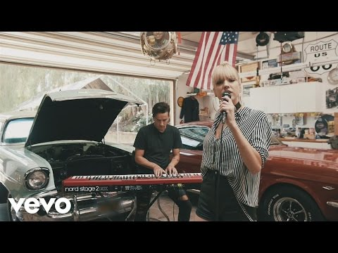 XYLØ - I Still Wait For You (Acoustic)