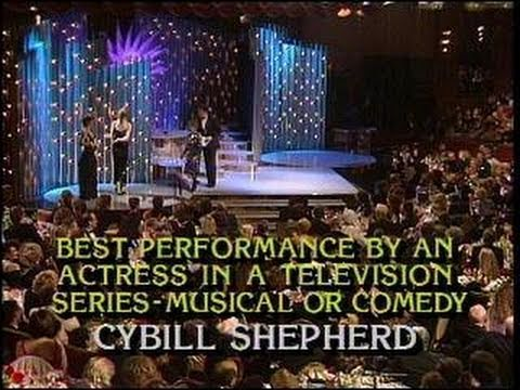 Estelle Getty & Cybill Shepherd Win Best Performance By Actress TV Series  Golden Globes 1986