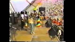 Bob Marley no woman no cry  1979