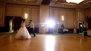 Лучший свадебный танец! Зажигательный первый танец молодых, попурри из 25 песен.